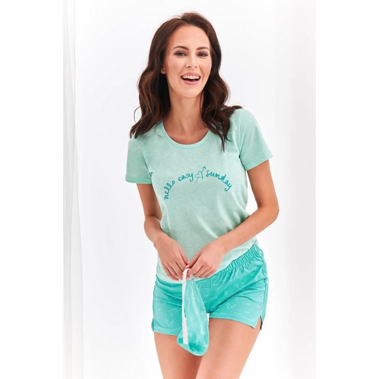 Женский комплект Nika с надписью на футболке