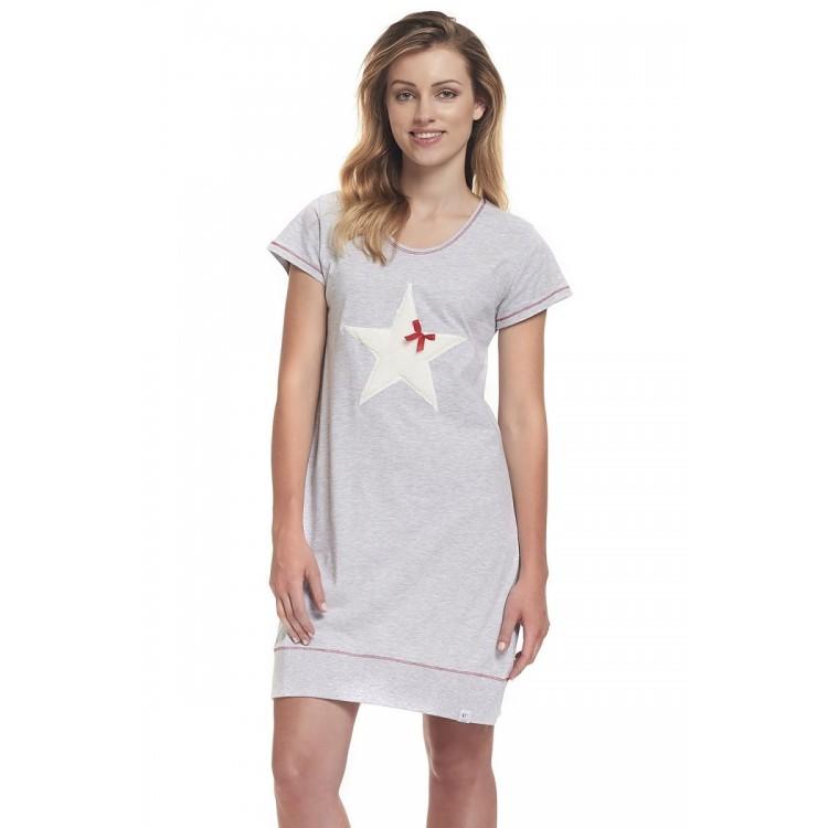 Ночная сорочка со звездой на груди